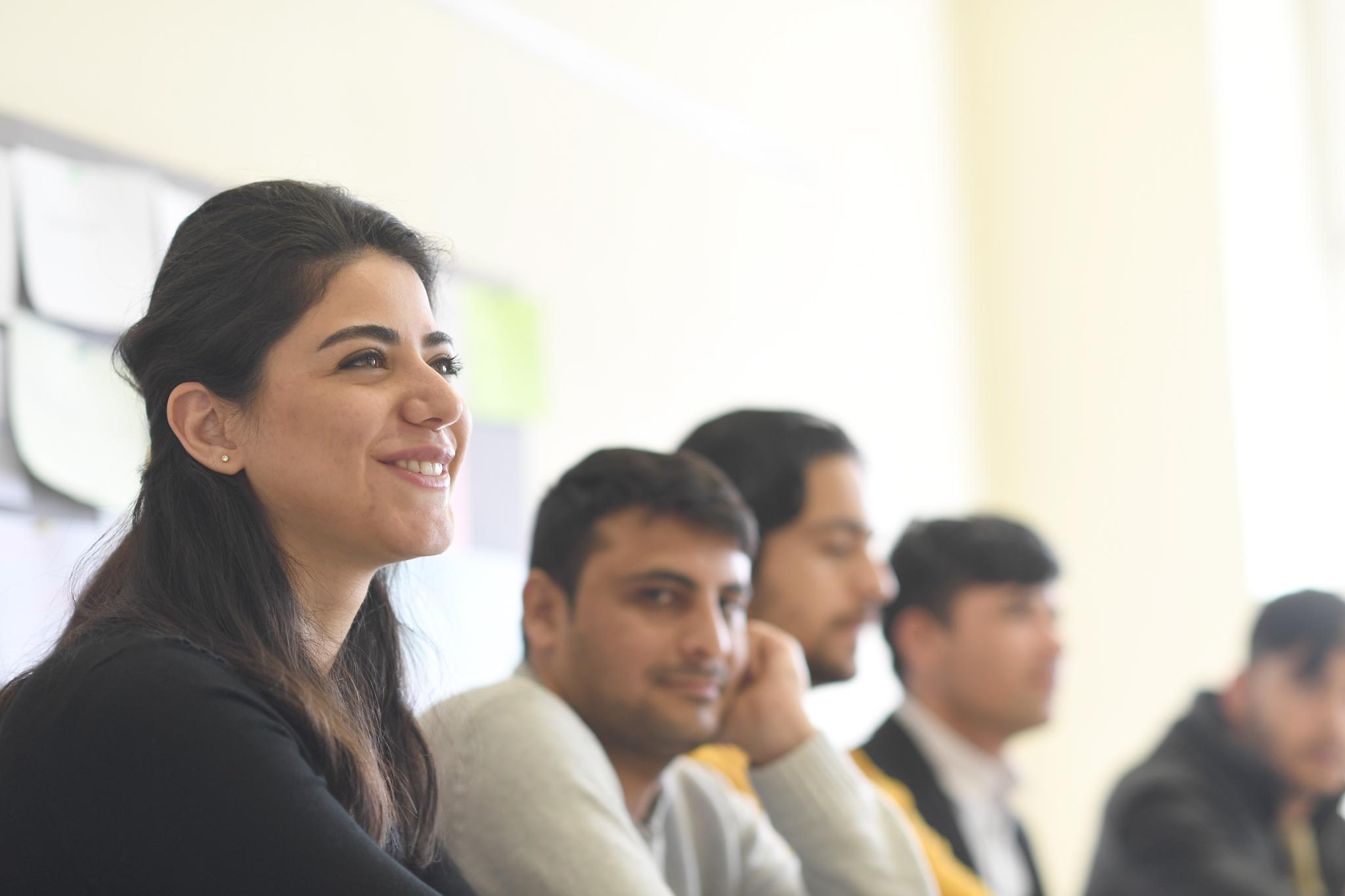 حلقة معلومات حول شغل أوقات الفراغ في فيينا (باللغة الفارسية/الدرية)